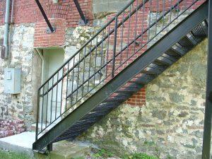 Cầu thang xương cá 6