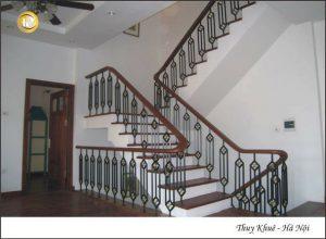 Cầu thang sắt ms30