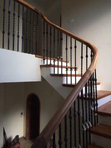 Cầu thang sắt ms24