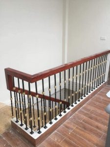 Cầu thang sắt ms25
