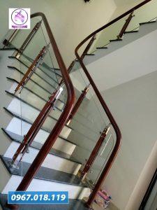 cầu thang kính 46